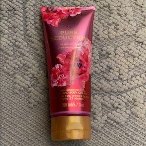 Brand new Victoria's Secret lotion pure seduction